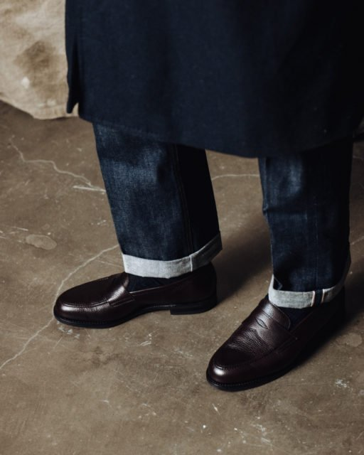 How to wear loafers with jeans 5