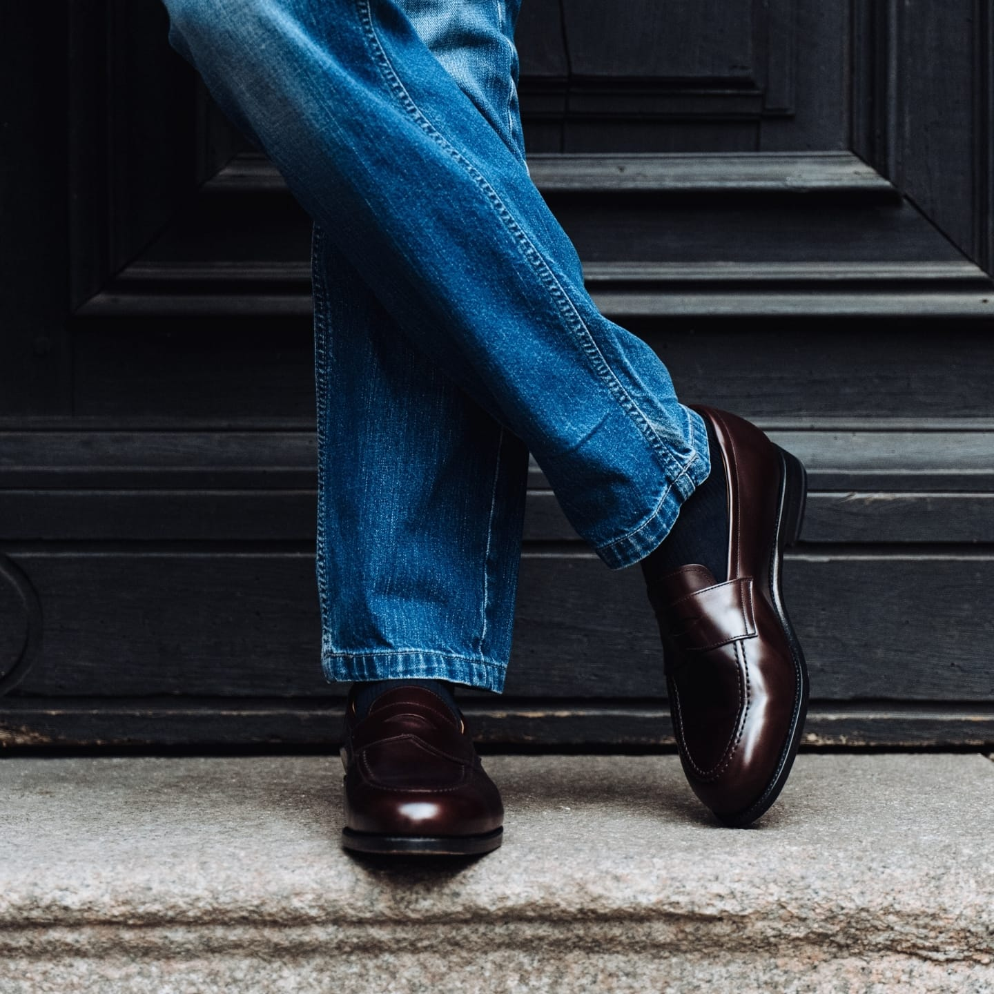 _How to wear loafers with jeans 5