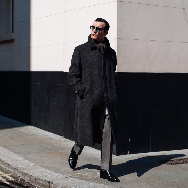 The mac coat in dark grey