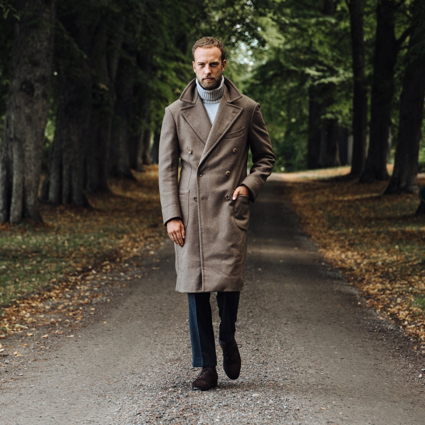 The polo coat in taupe